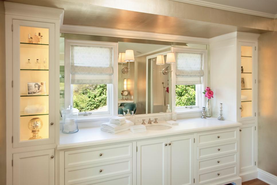 Bath Vanity With Makeup Counter