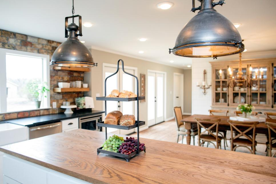 Kitchens amp custom cabinetry kitchen renovations amp kitchen remodeling - Rustic Kitchen Designs Maxton Builders